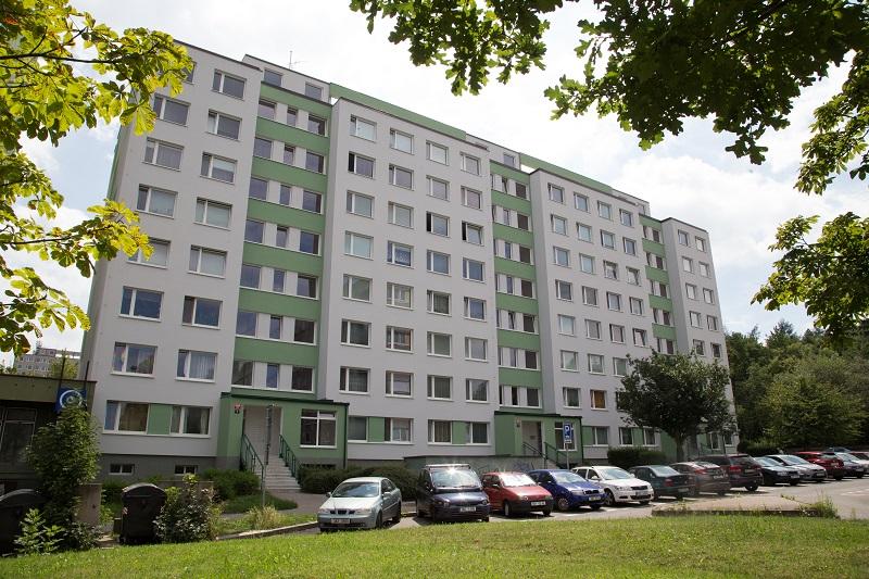 Revitalizace bytového domu Augustinova 2068-2070, Praha